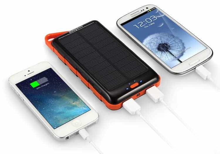 easyacc 15000mah solar powerbank test geek magazin. Black Bedroom Furniture Sets. Home Design Ideas
