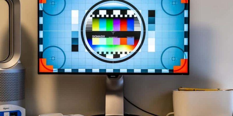 """Philips 329P9H 32"""" USB-C Monitor mit Vollausstattung im Test"""